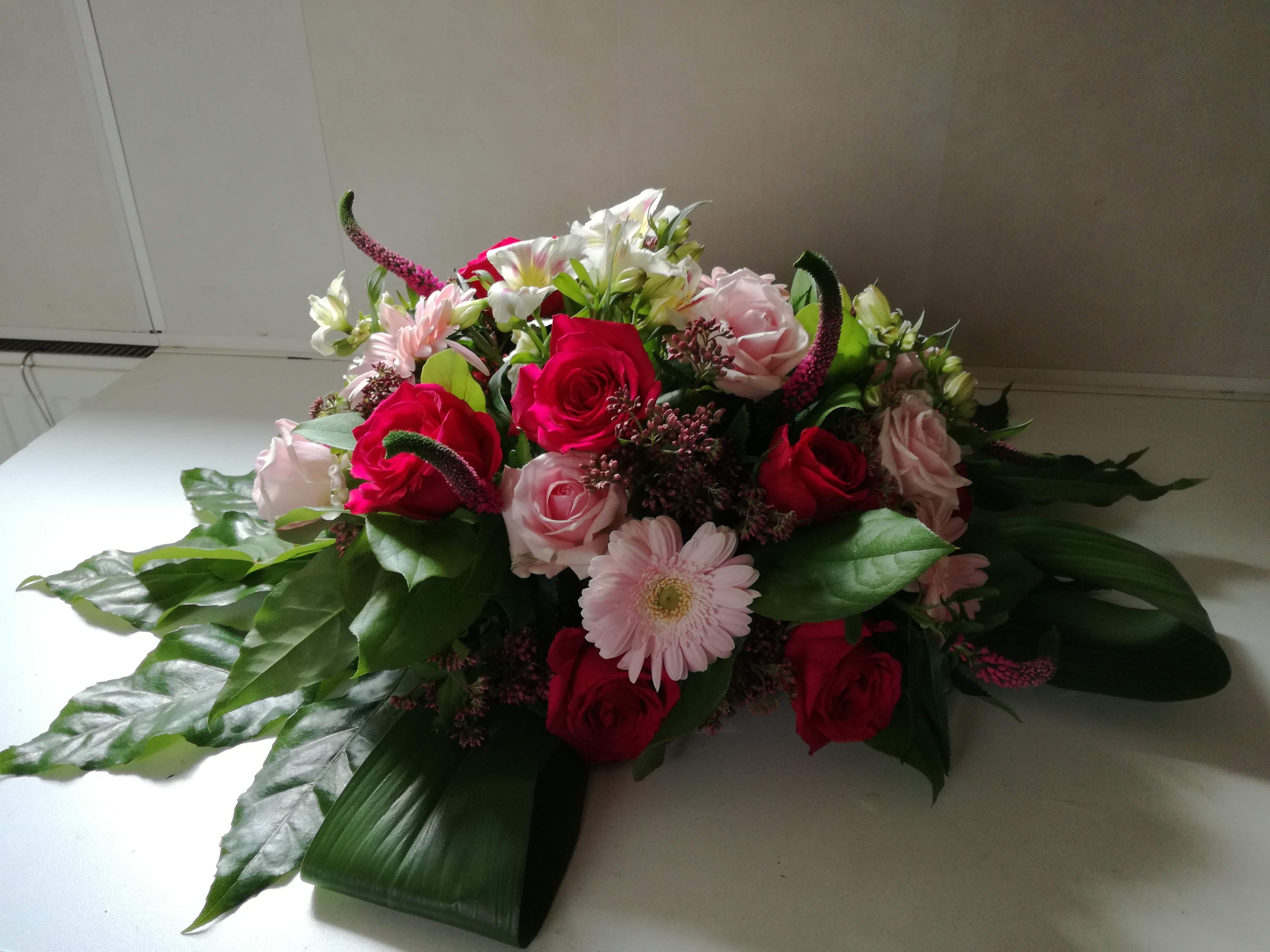 Bloemen, rouwstuk, , familie, bloemschikken, samen, bloemen